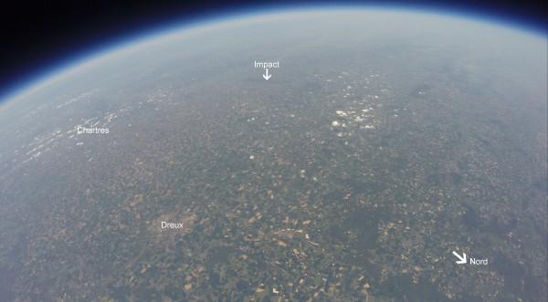 Photo prise à 30000m d'altitude avec une Gopro lors du Vol du collège Roby le 17 mai 2014