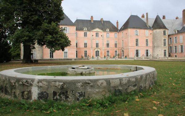 DFCF 45088 et DFF 45 FT 001 Château de Meung sur Loire et Fontaine du château